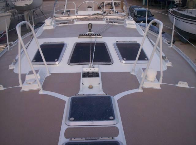 peinture pont de bateau r novation et entretien de bateaux maintenance et stationnement. Black Bedroom Furniture Sets. Home Design Ideas